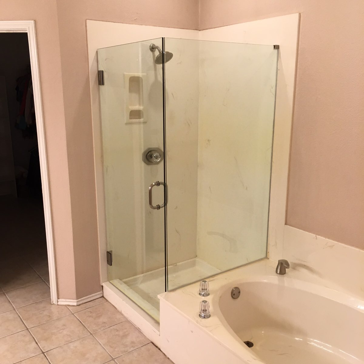 Frameless Shower Enclosure with immediate return panel
