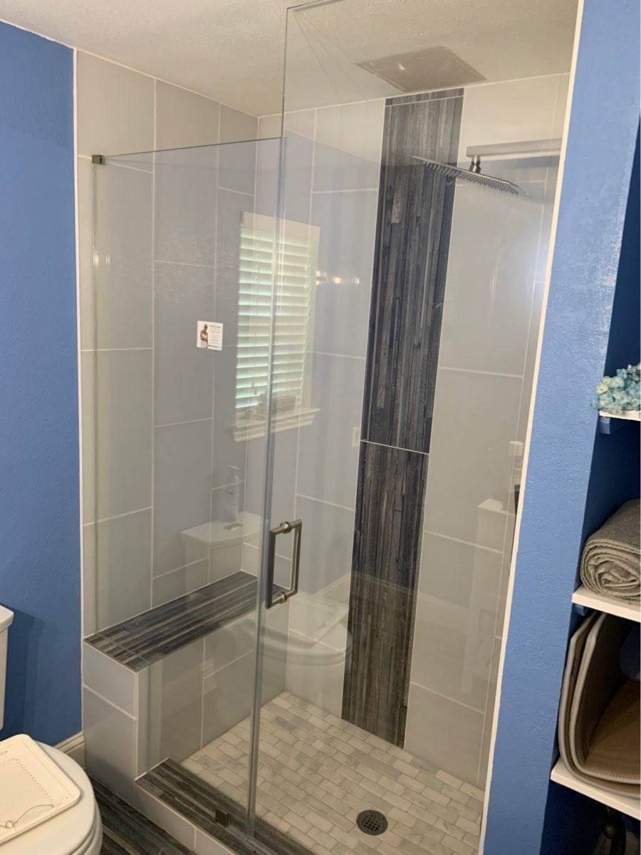 Frameless Shower with unique title