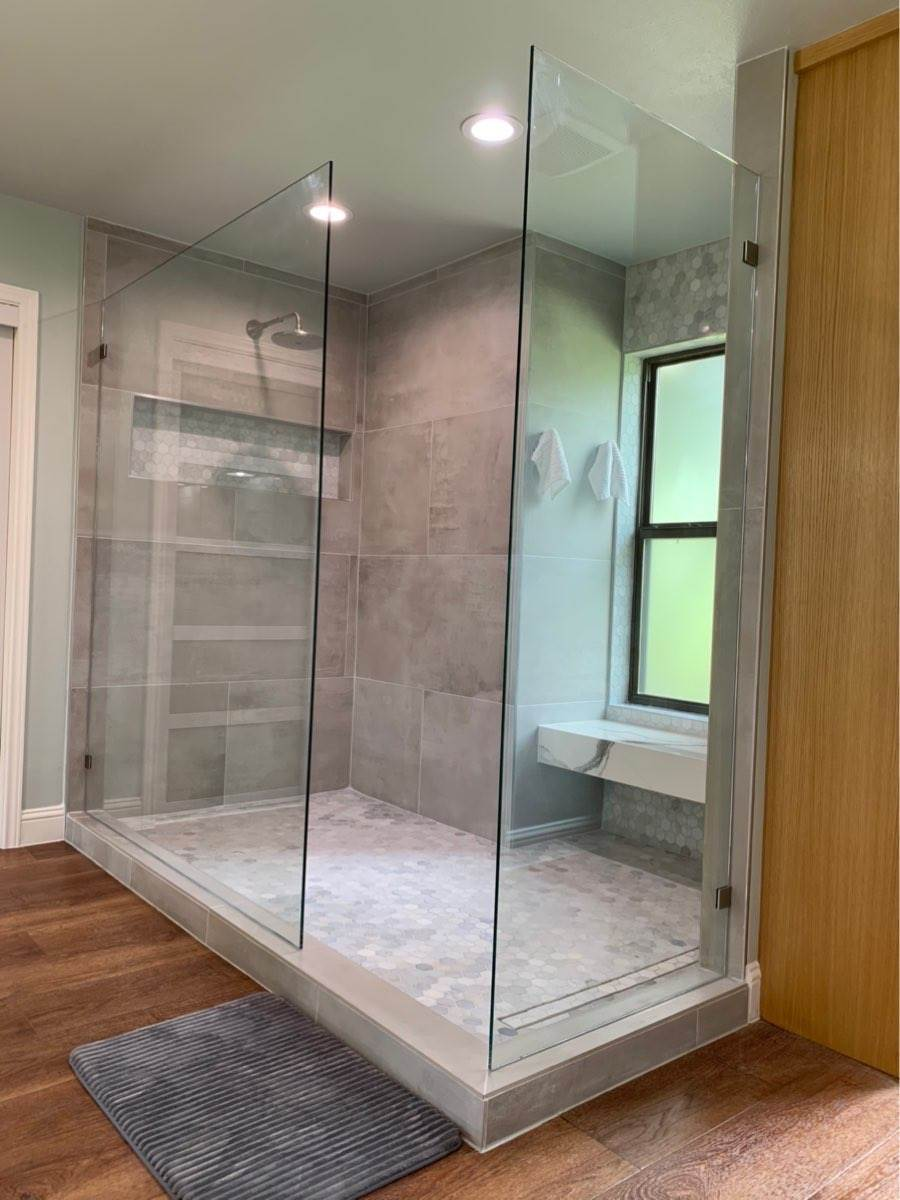 large frameless showers without doors